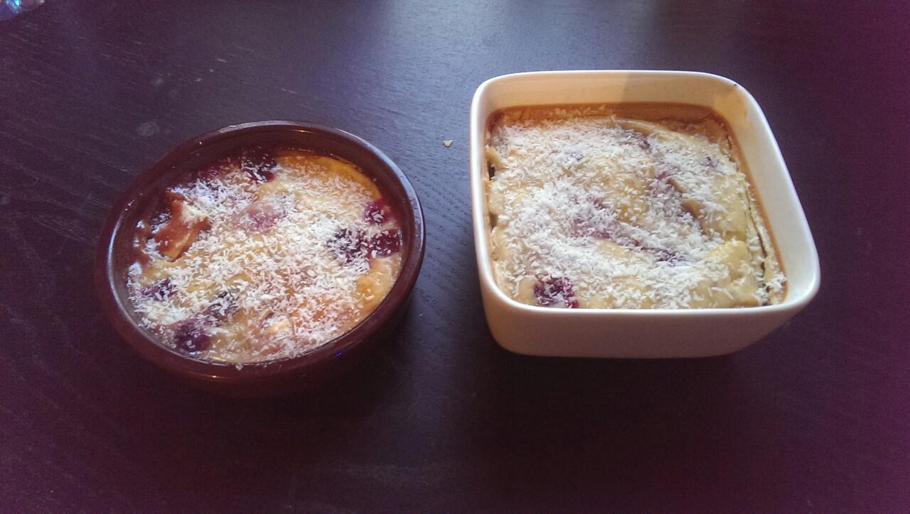 Clafoutis cerises, coco &amp&#x3B; chocolat blanc