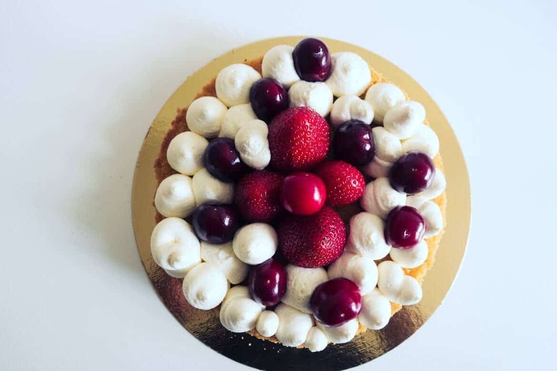 Recette tarte à la vanille, cerises et fraises